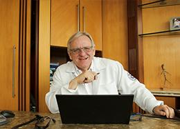 Dr. Siegmar Starke